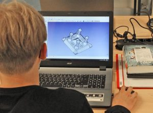 3D-Drucker-Workshop aller Generationen im MGH
