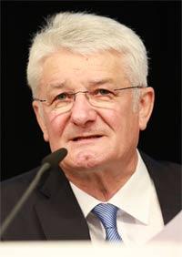 BRK-Präsident Theo Zellner