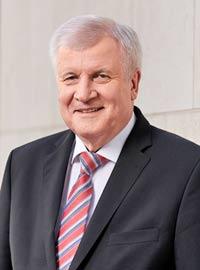Bundesinnenminister Horst Seehofer gratuliert zum 10jährigen Jubiläum des Mehrgenerationenhauses Haßfurt