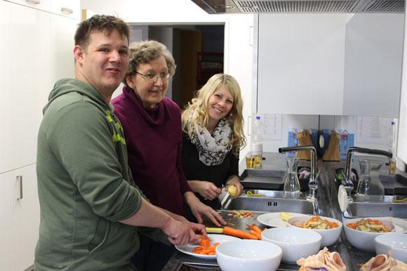 MGH-Sprachcafé: Gemeinsam kochen mit der Lebenshilfe