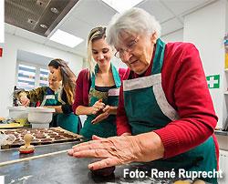 Gemeinsam backen im MGH (Foto: René Ruprecht)